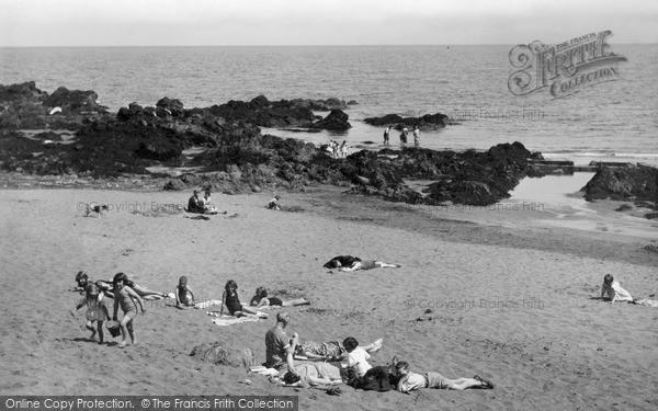 Photo of St Abbs, Sun Corner, Sands Bay c1935, ref. s416041