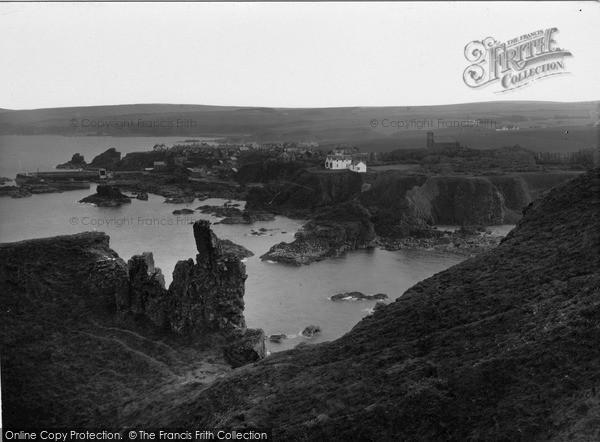Photo of St Abbs, the Haugh Pinnacle c1935, ref. s416017