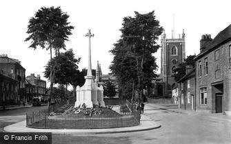 St Albans, St Peter's Church and War Memorial 1921