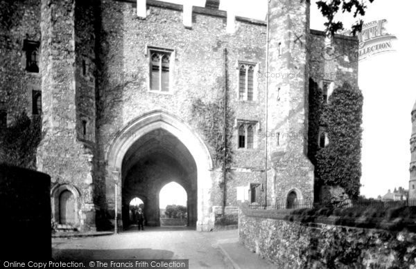 Photo of St Albans, Old Monastery Gateway 1921, ref. 70470
