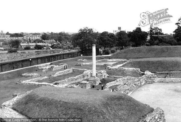 Photo of St Albans, the Roman Theatre, Verulamium c1955, ref. S2045