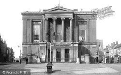 St Albans, The Town Hall c.1910