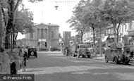 St Albans, Town Hall and Market Place c1959