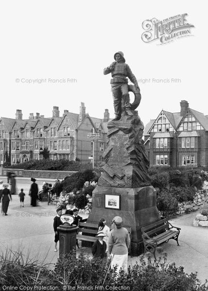 St Anne's, Lifeboatmen's Memorial 1914