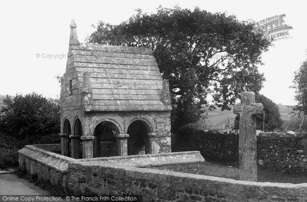 St Cleer, the Well 1938