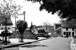 Cross Square c.1955, St Davids