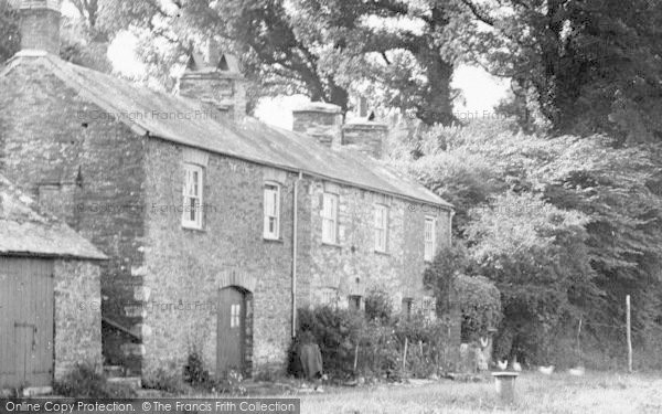Photo of St Germans, Cottages By The Quay 1920