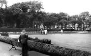 St Helens, Bowling Green, Queens Park c1965