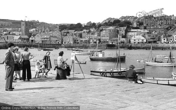 Photo of St Ives, Artist By The Harbour c.1947