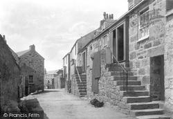 Back Road East 1890, St Ives