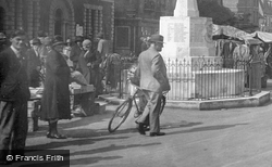 By The War Memorial 1931, St Ives