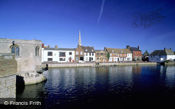 River Great Ouse And Town Bridge Chapel c.1990, St Ives