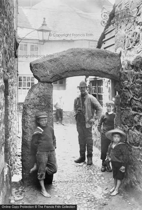 Photo of St Ives, the Old Archway 1906