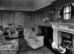 Treloyhan Manor, Interior c.1955, St Ives