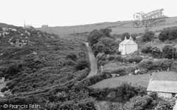 St Just In Penwith, Road To The Beach c.1950
