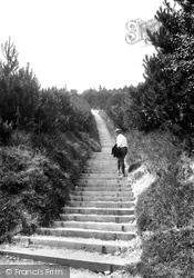 St Margaret's Bay, Up The Steps 1908