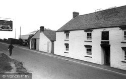The Farmers Arms c.1955, St Merryn