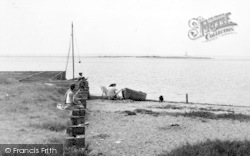 St Osyth, The Jetty, Pont Clear c.1955