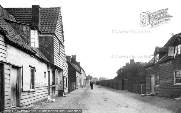 St Osyth © Copyright The Francis Frith Collection 2005. http://www.frithphotos.com