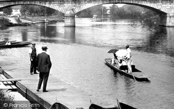 Staines, Boating 1907