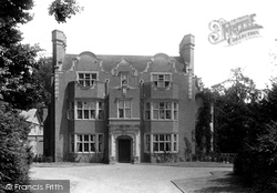 Staines, Duncroft 1895