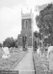 Staines, St Mary's Church c.1955