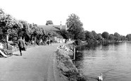 Staines, the Tow Path c1950