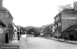Staines, Ye Olde Bridge House 1895
