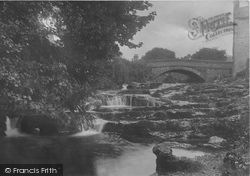Village Bridge 1921, Stainforth