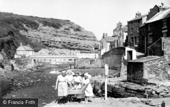 Staithes, Fishwives c1960