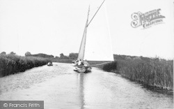Stalham, Approaching The Staithe c.1933