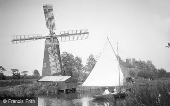 Stalham, Hunsett Mill c1933