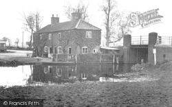 Stalham, Navigable Limit, Wayford Bridge c.1931