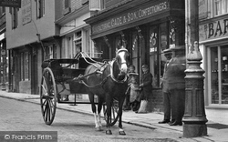 Stamford, Horse And Cart In St Mary's Street 1922