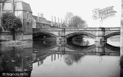 Stamford, Town Bridge c.1955