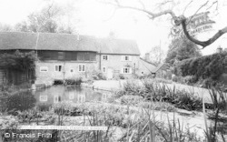 Stanford Dingley, Mill Cottage c.1965
