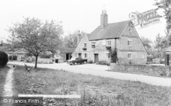 Stanford Dingley, The Bull Inn c.1965