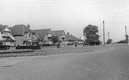 Stanford-Le-Hope, Abbots Hall Chase c.1960