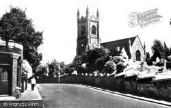 Stanford-Le-Hope, Church Hill And St Margaret's Church c.1955