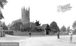 Stanford-Le-Hope, St Margaret's Church c.1955