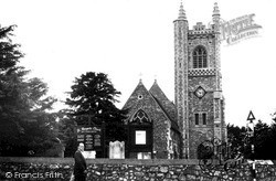 Stanford-Le-Hope, St Margaret's Church c.1960