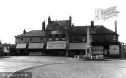 Stanford-Le-Hope, The Green c.1960