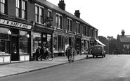 Stanford-Le-Hope, The Pavement c.1955