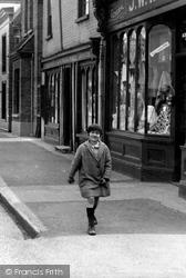 Girl 1929, Stanstead Abbotts