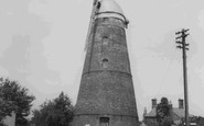 Stansted Mountfitchet, the Windmill c1965