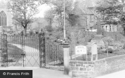 Stapleford, The Cross c.1955