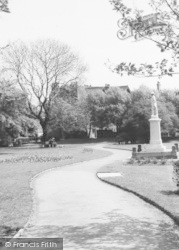 Memorial Gardens Memorial c.1965, Staveley