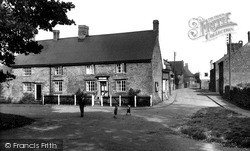 The Old Crown c.1955, Staverton