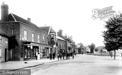 Stevenage, High Street And Green 1899