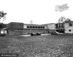 Stevenage, The Barclay School c.1955